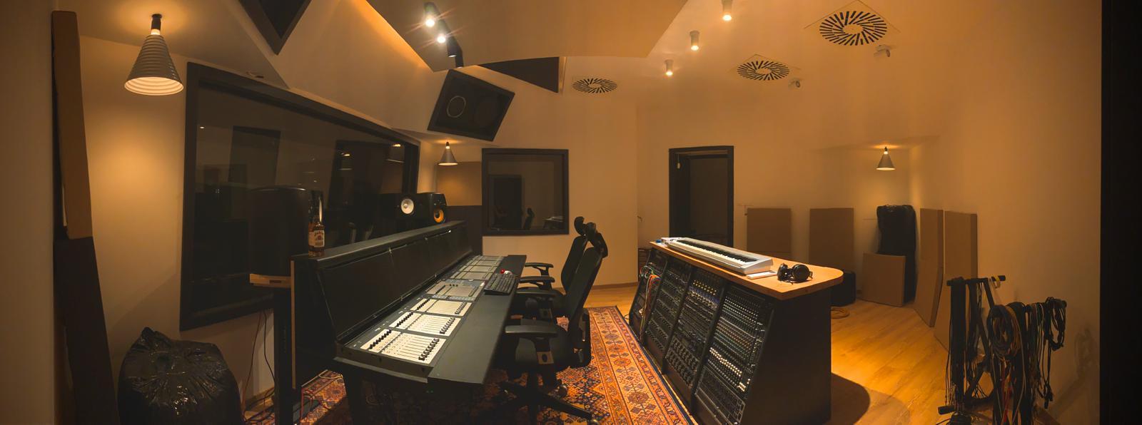 P9 felvételi stúdió Pozsonyban, Szlovákiában