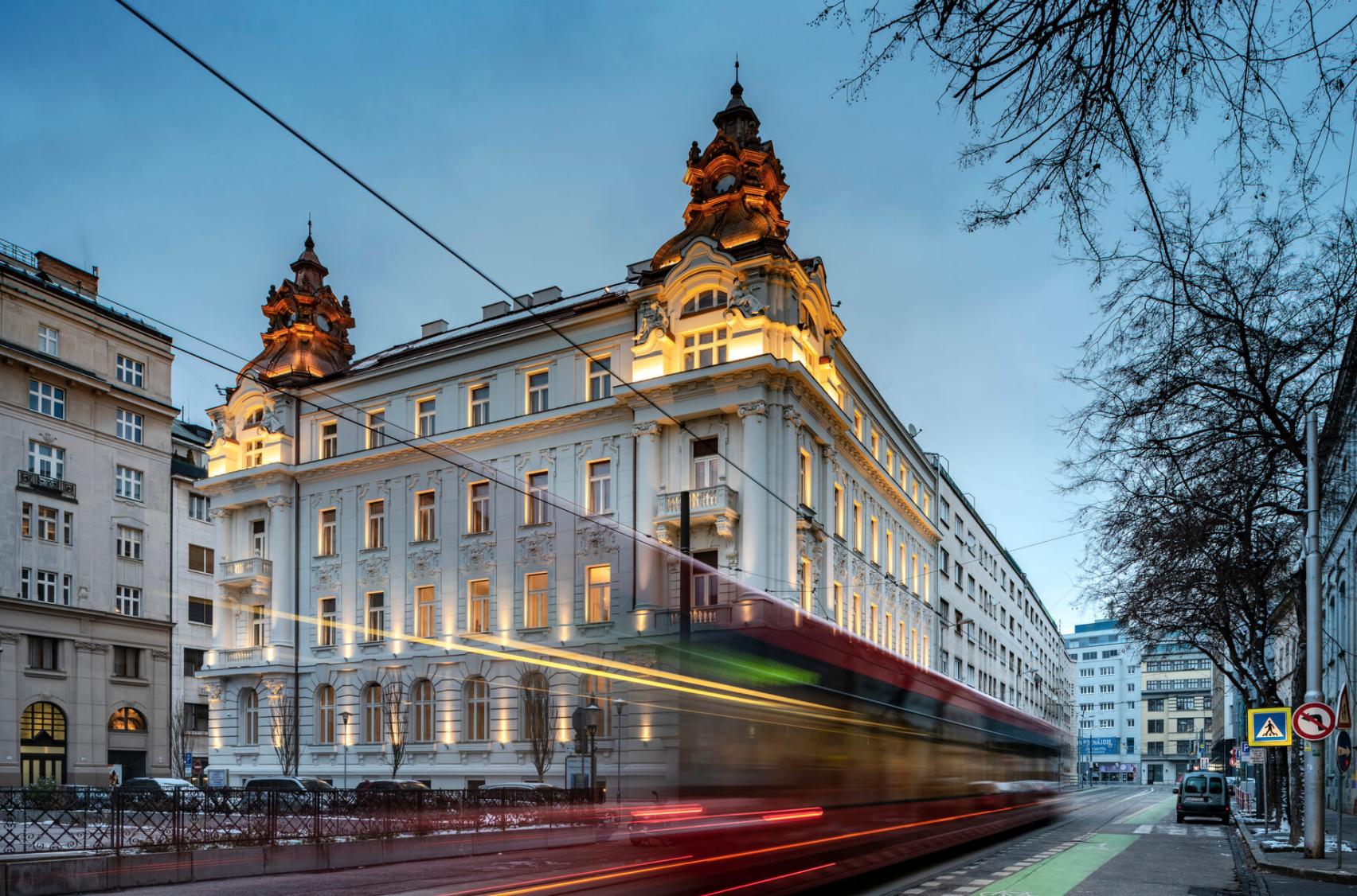 Iroda egy történelmi épületben, Pozsony, Szlovákia