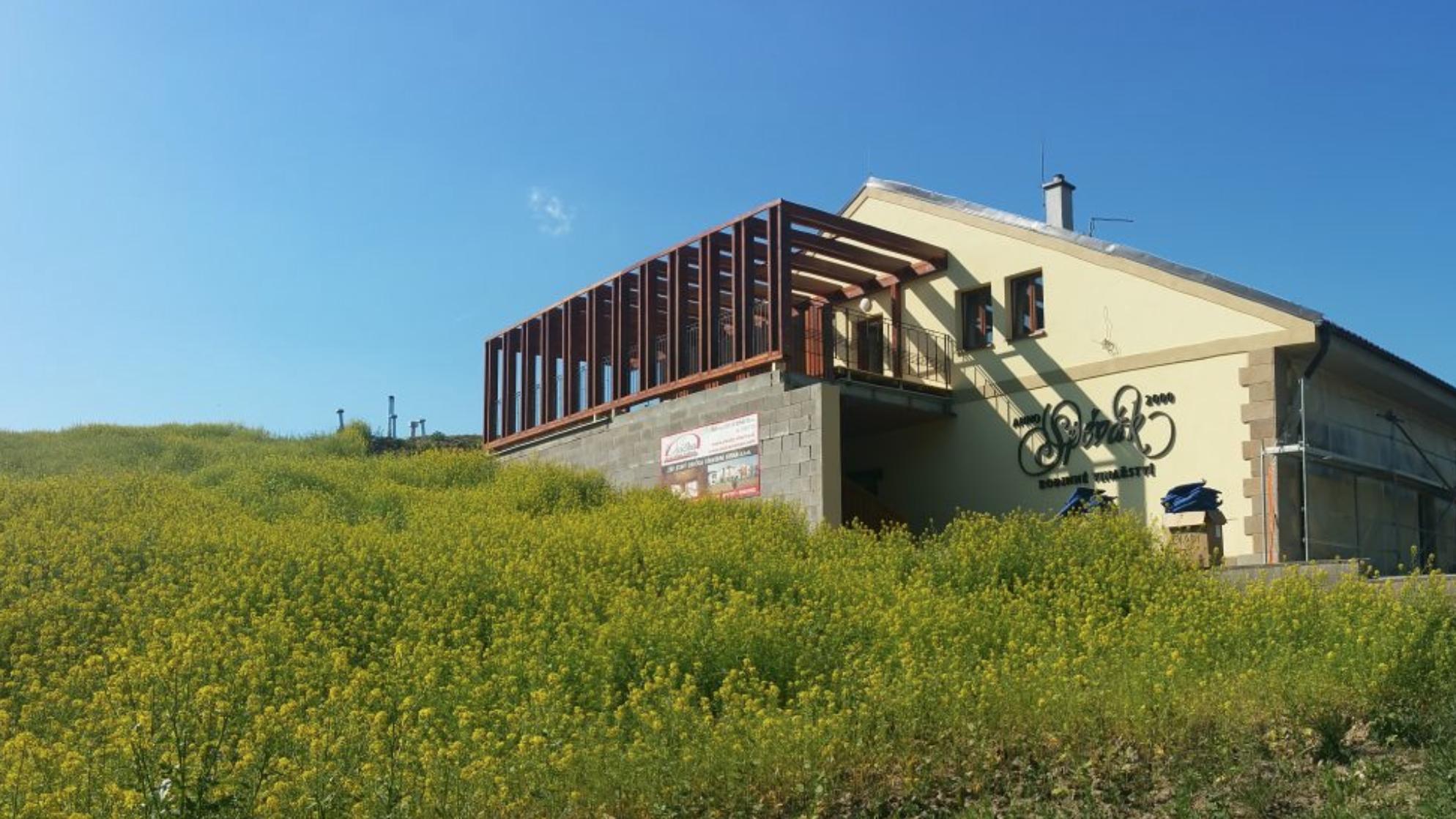 Vinárstvo a hotel vo Veľkých Bíloviciach, Česko